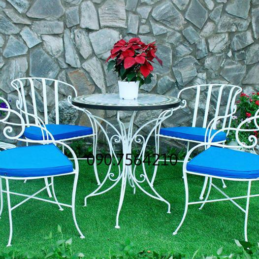 ghế sắt cao cấp hoa văn bàn mặt đá mosanic DP gh 06