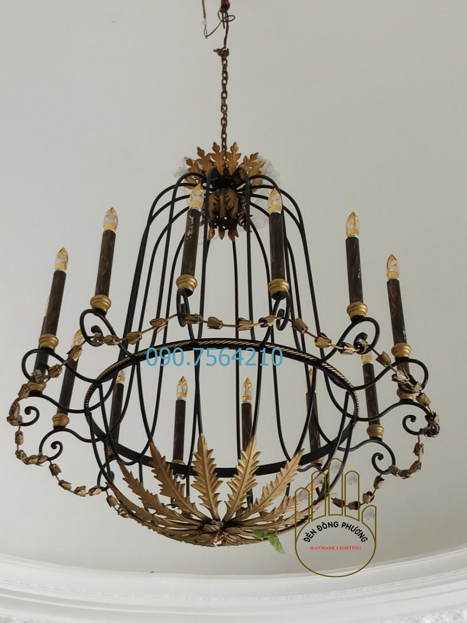 đèn chùm sắt nhiều ngọn nến nhà hàng tiệc cưới 1126