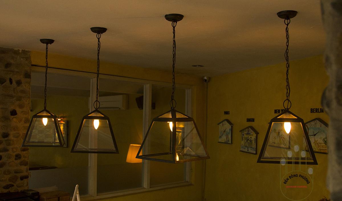 đèn chùm cổ điển thả quầy bar