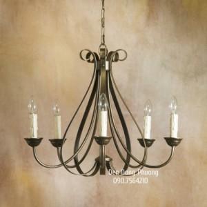 đèn chùm kiểu pháp cổ điển